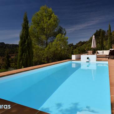 Los 5 productos más importantes para el mantenimiento de tu piscina.