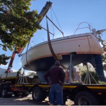 ¿Cómo transporto mi embarcación por carretera?